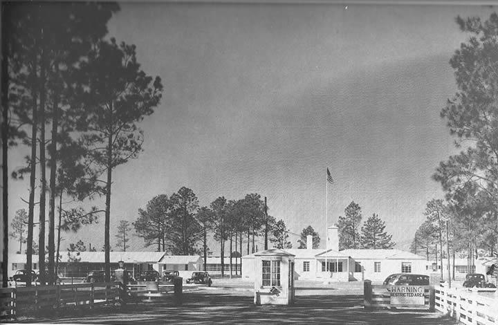 Entrance to Raymond-Richardson Aviation Company School